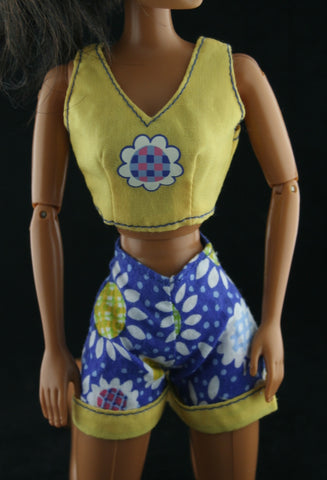 Barbie Size Clothes -- Daisy Print Shorts & Yellow Top