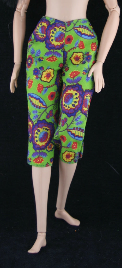 Barbie Size Clothes -- Green Retro Floral Print Capris