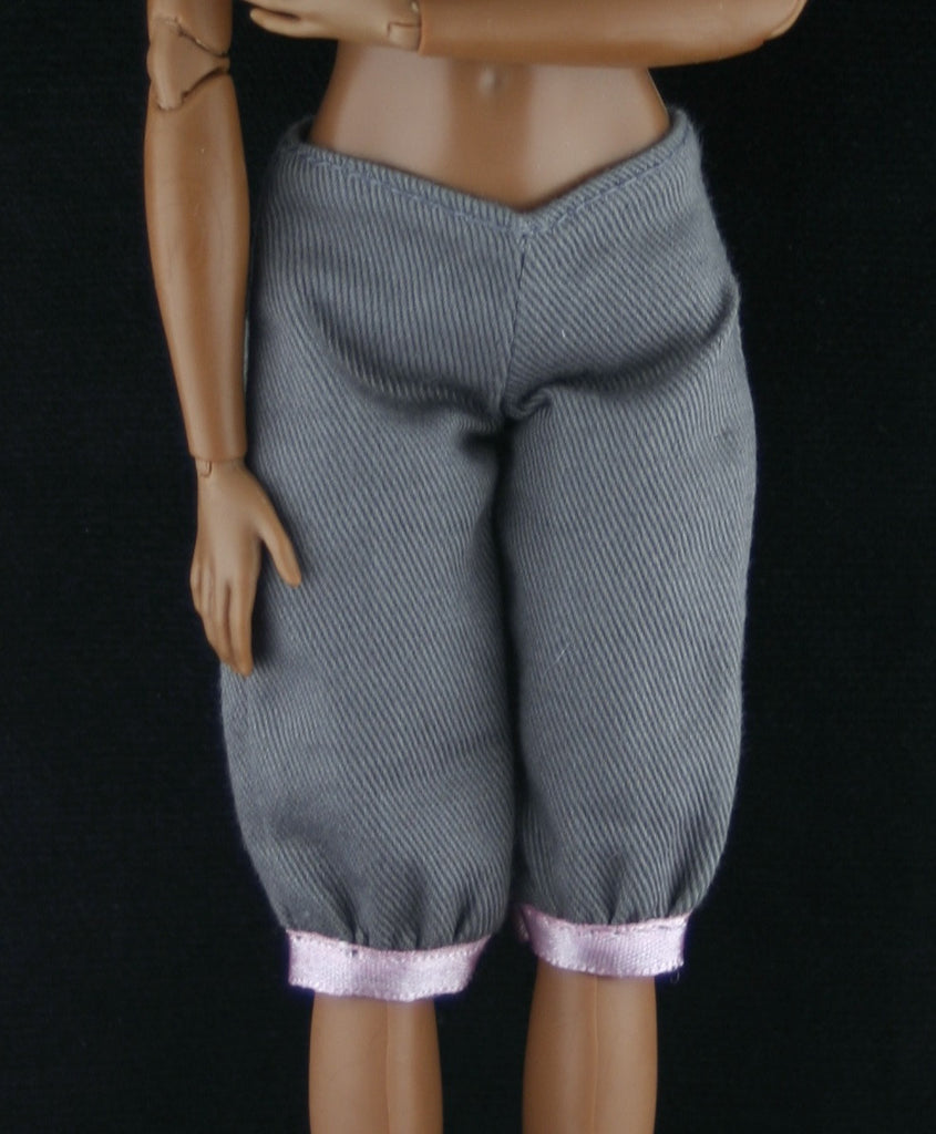 Barbie Size Clothes -- Greyish Brown Capris W/  Pink Trim