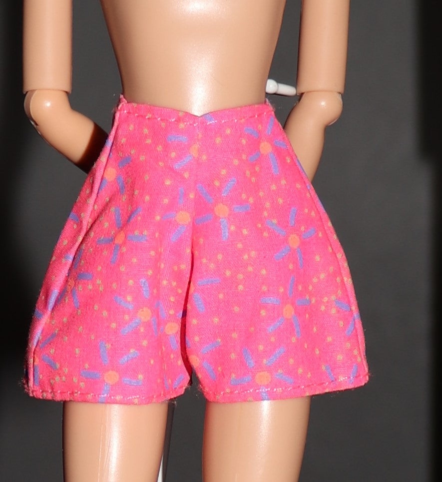 Barbie Clothes -- Hot Pink Floral Print Shorts VGC