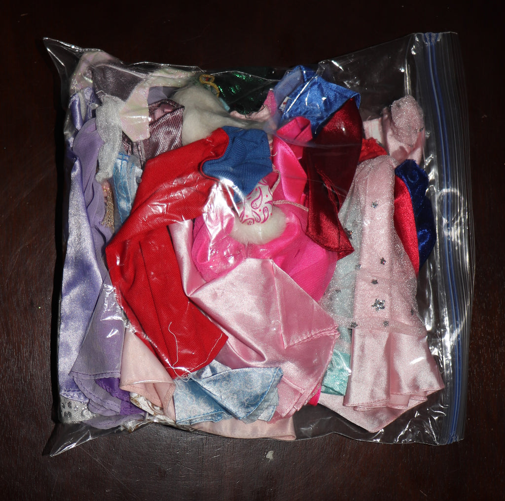 Large Junk/TLC Lot of Barbie & Friends Princess Gowns and Dresses