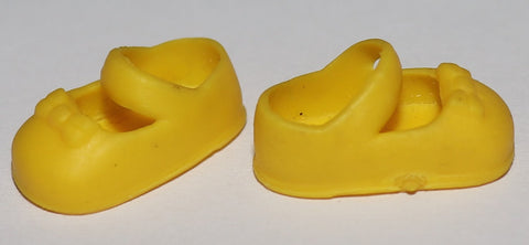 Kelly Doll Shoes -- Yellow Mary Janes