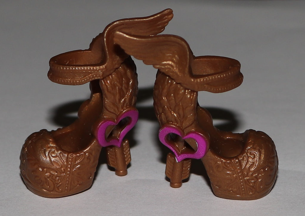 Ever After Shoes -- CA Cupid Gold Sandals W/ Hearts