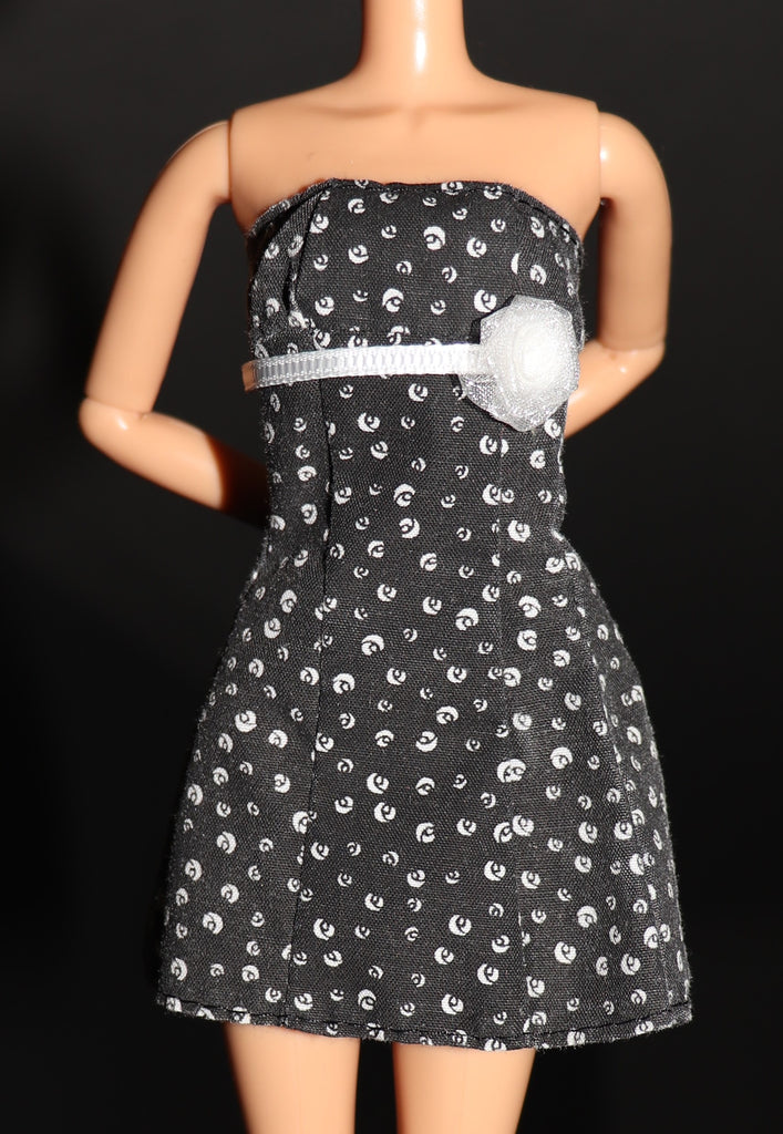 Barbie Size Clothes -- Black Strapless Dress