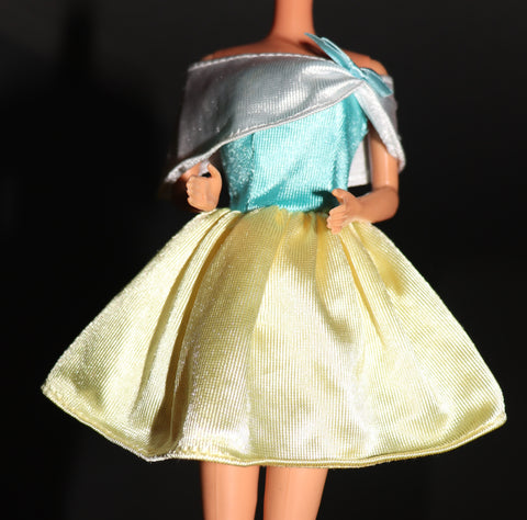 Barbie Clothes --Yellow Blue White Off-the-shoulder Mini Dress (Purple Tag)