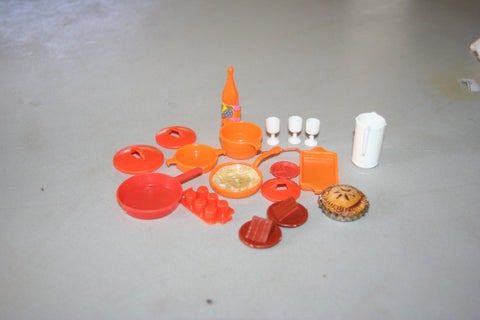 Vintage 1970s Barbie & Friends Pots, Pans, Pitcher, Cups, Dishes Lot # 12