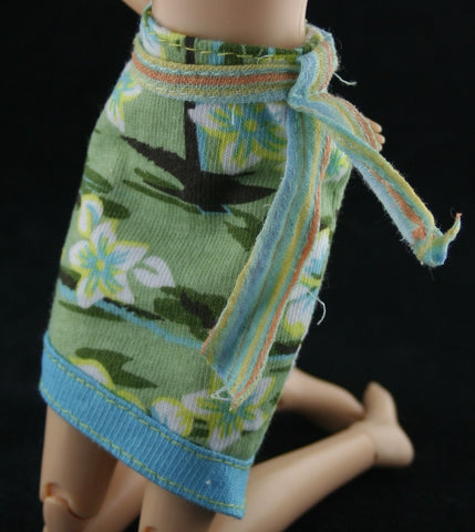 Barbie Size Clothes -- Green Knit Hawaiian Print Skirt