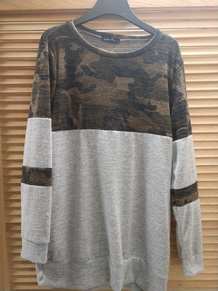 LWomen's Camo/grey long sleeve