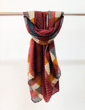 Warsaw pleat scarf in Plum print