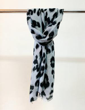 Galloway scarf in Grey print