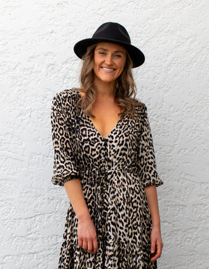 Carmen leopard dress in Black/Cream