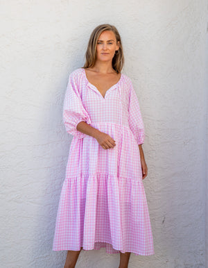 Sara gingham dress in Pink and White