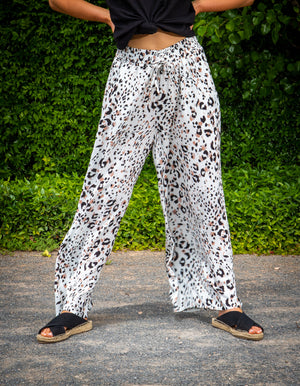 Snow leopard pants in White