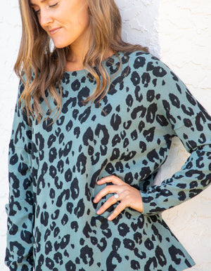 Leo knit top in Teal Green leopard