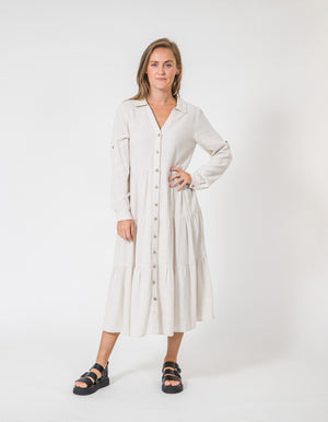 Sunday linen dress in Beige