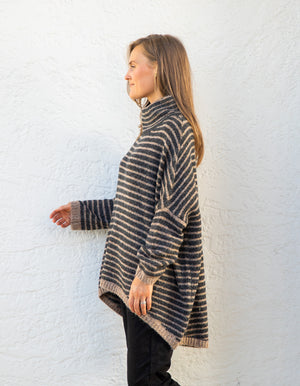 Monika jumper in Black stripe