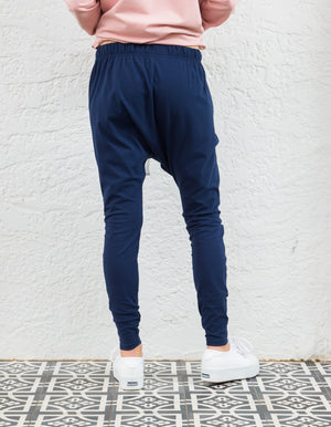 Kiera jogger pant in Navy