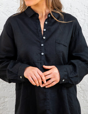 Grayson linen shirt in Black