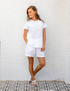 Karter circle leopard tee in White