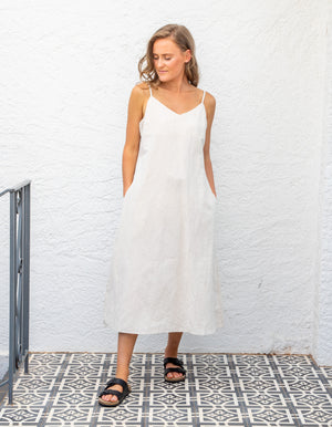 Where & When linen dress in Beige