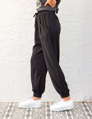 Imogen cargo pants in Black