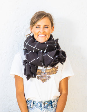 Bexley knit scarf in Black and White