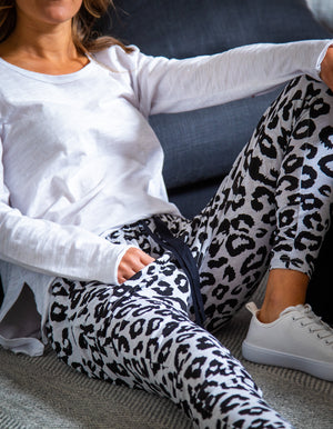 Mila leopard jogger pant in Light Grey