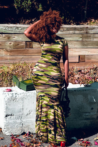 camo cap-sleeve fishtail dress