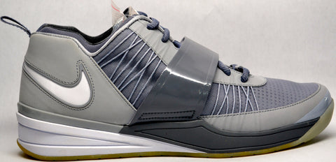 "Nike Revis ""Cool Grey"" PE"