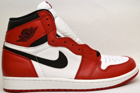 "Air Jordan Retro 1 ""Chicago"" OG"