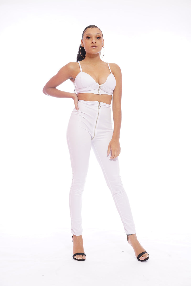 White Circle Zipper Set