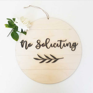 Shiplap Round - no soliciting