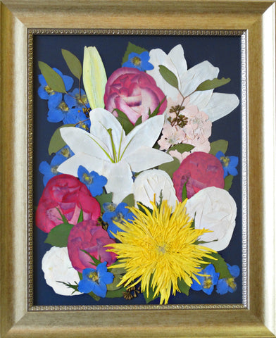 This pressed display showcases your beautiful memorial flowers and is reminiscent of an oil painting. Customize this display with your selection of frame and mat.