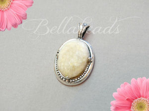 Memorial Jewelry made from Flower Petals, Ellie Oval Necklace Pendant