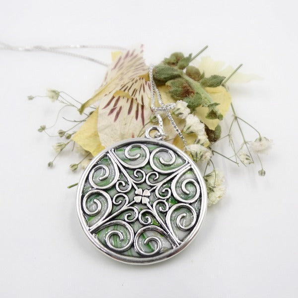 Filigree Circle Necklace Pendant 31mm