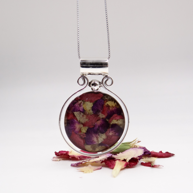 Resin Margaux Pendant