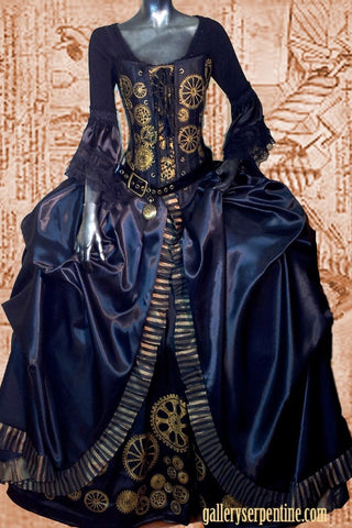 this stunning steampunk Marie Antoinette is the prize for online tix purchasers at ironfest this year