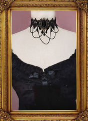 black lace victorian style choker on a dressmakers form shown worn with the Amethyst Beauty under bust corset and matching alice in wonderland chemise
