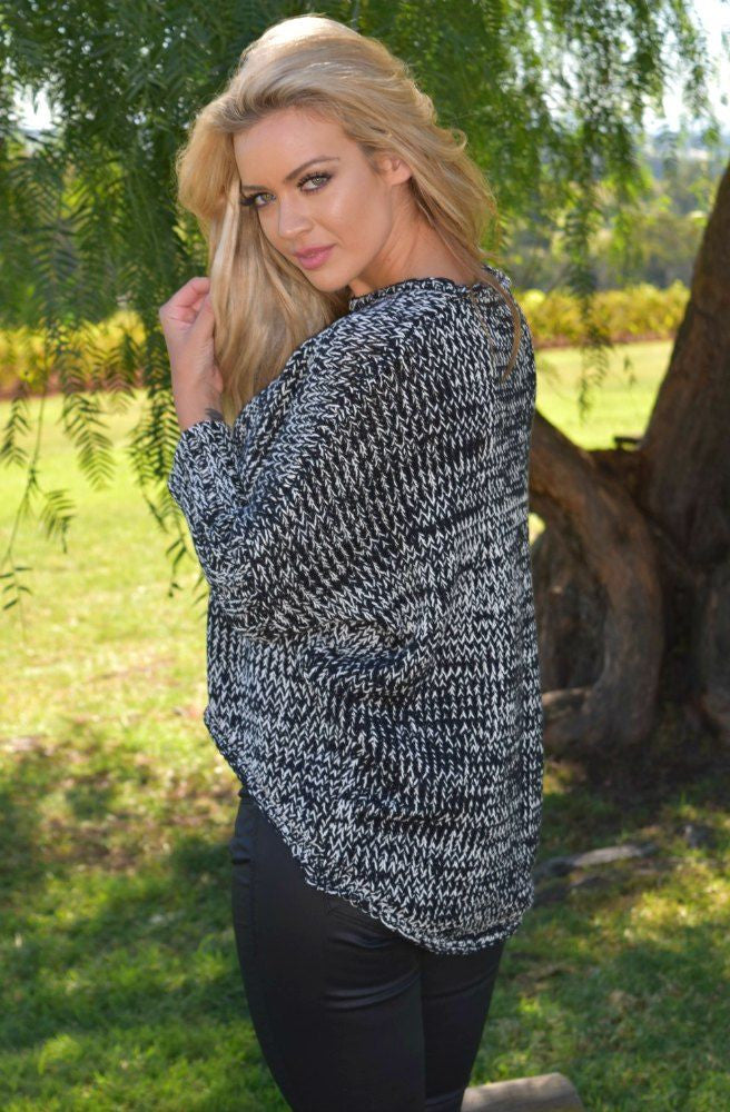 Clasp Knit