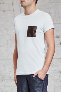 ssfw 157: t-shirt with lambskin chest pocket made from 100% organic pique cotton