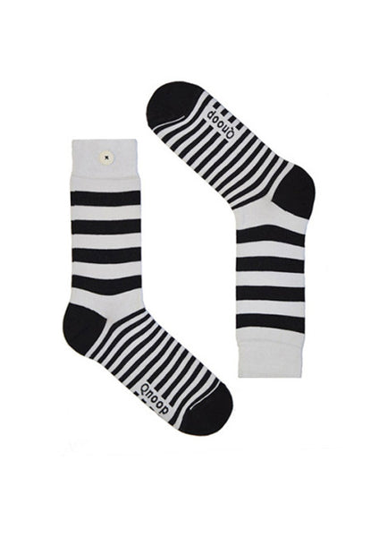 wide stripe: qnoop, organic socks that stay a pair