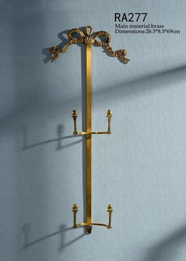 Decorative Brass Bracket -  westmenlights