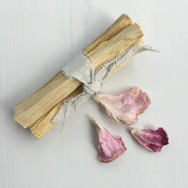 Palo Santo bundle of 3 sticks