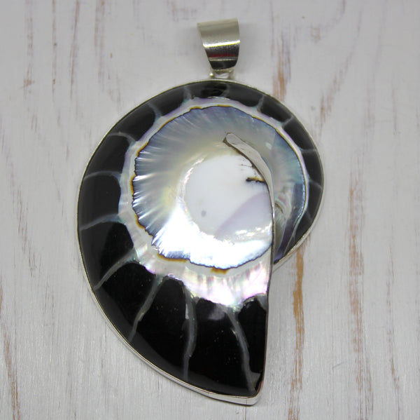 925 Sterling Silver Nautilus Shell Pendant