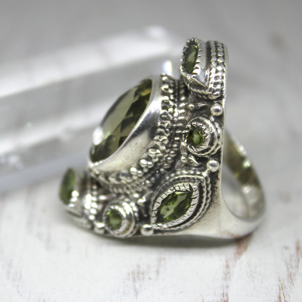 925 Silver and Peridot 'Sun Harnesser' Ring