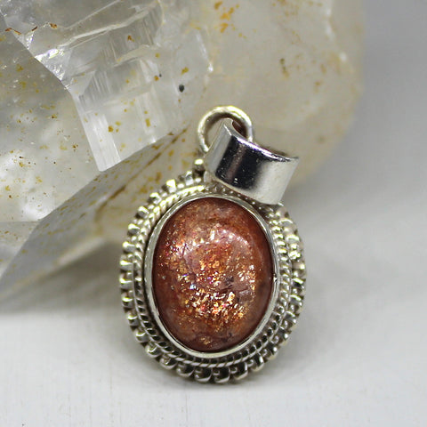 925 Silver and Sparkling Sunstone Pendant