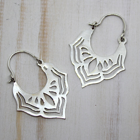 Handmade Small Sterling Silver 'Jarul' Earrings from Rajasthan.