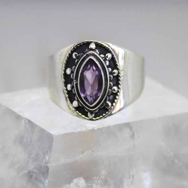 Sterling Silver and Faceted Amethyst Pointed Oval Ring
