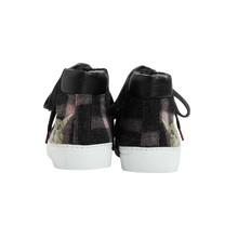 Load image into Gallery viewer, High Top women sneakers in dark grey wool with pink stipes tartan way and the emblematic cat face from Paul & Joe Sister on the rear part of each shoe - back view