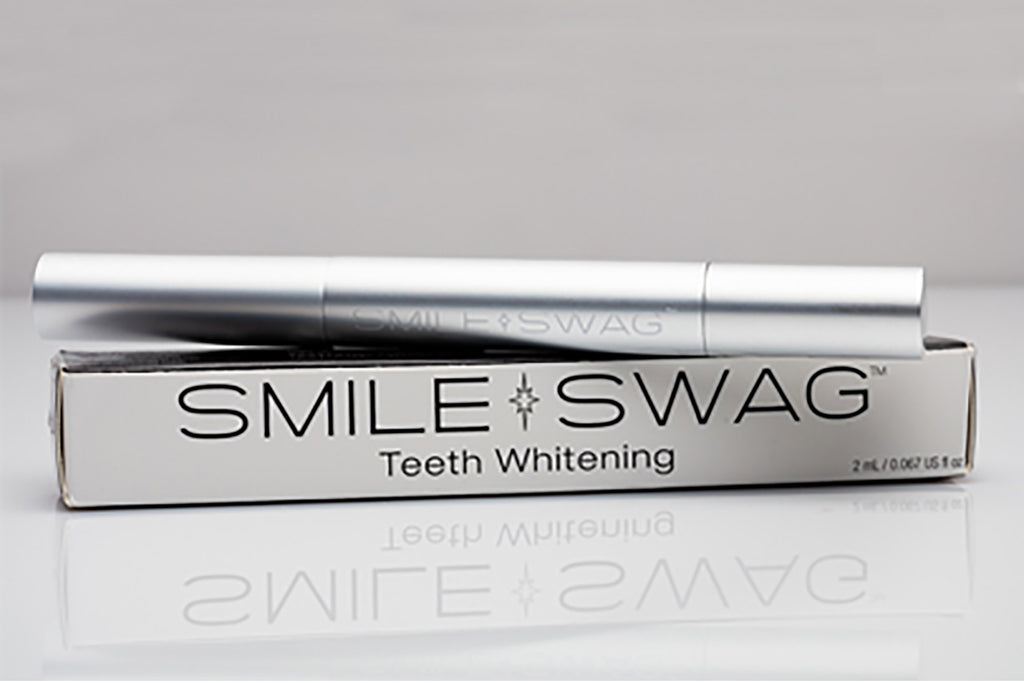 Teeth whitening pen from SmileSwag